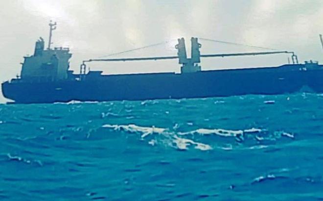 Khẩn trương cứu nạn 15 thủy thủ tàu nước ngoài chìm trên biển Bình Thuận
