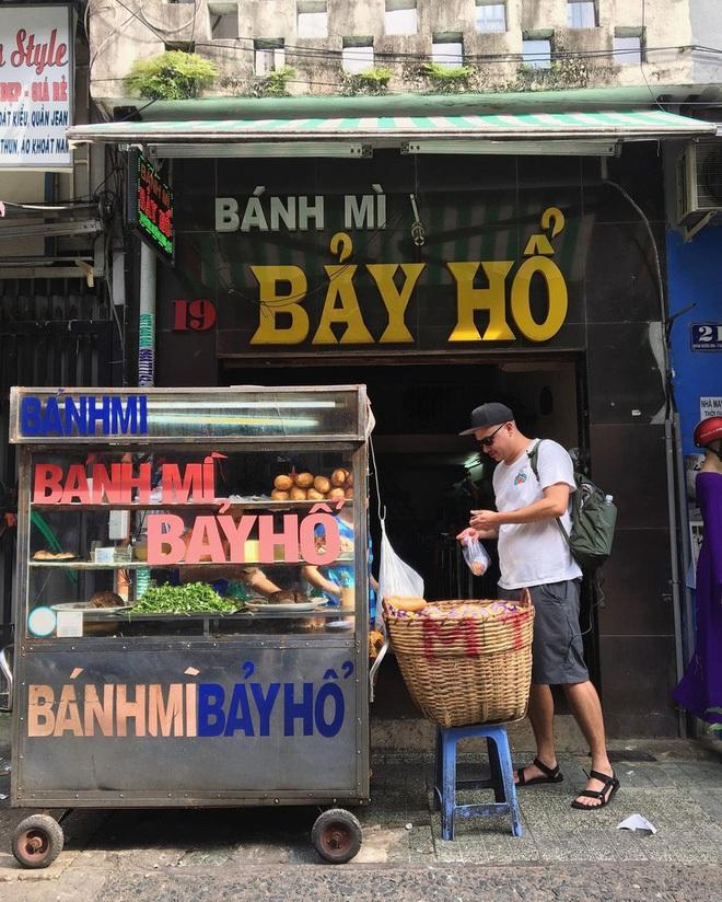 Điểm danh 4 xe bánh mì 'đỉnh của chóp' ở Sài Gòn, chỉ mới nghe thôi là muốn thưởng thức ngay - ảnh 1