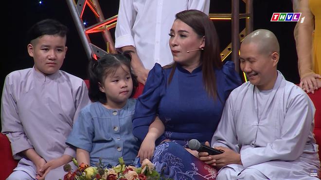 Phi Nhung: Con gái tôi hét lên con nhịn mẹ hết nổi rồi, con ghét mẹ - Ảnh 4.