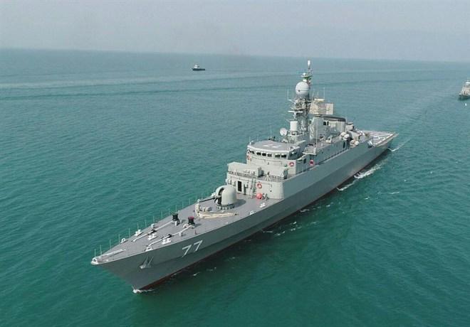 Iran triển khai đội tàu hải quân 71 ra biển lớn - Mỹ và Israel cảnh giác cao, sẵn sàng chiến đấu - Ảnh 1.