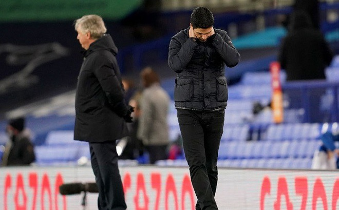 Arsenal thua trận thứ 8, HLV Arteta nói gì?