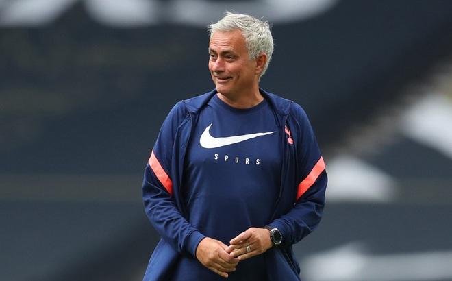 Mourinho lo lắng khi Tottenham gặp Leicester