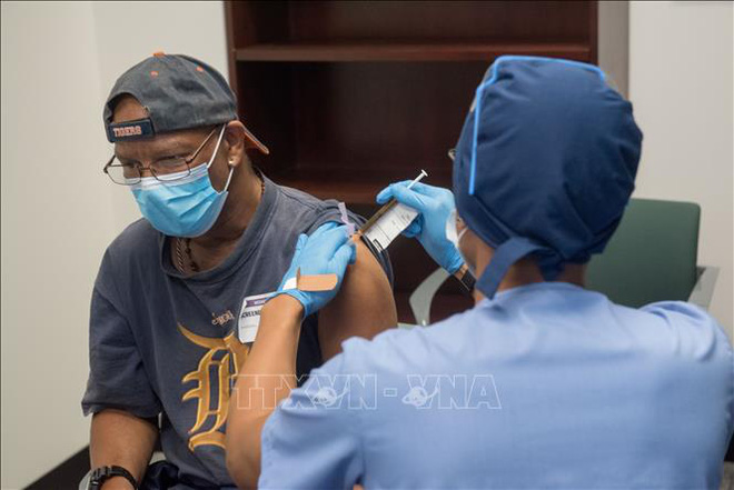 Diễn biến COVID-19 tới 6h sáng 21/12:Thế giới vượt 77 triệu ca bệnh; EU họp khẩn về biến thể của virus - Ảnh 1.