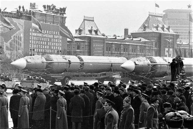Những vũ khí giả của Liên Xô từng khiến phương Tây sập bẫy - Ảnh 3.