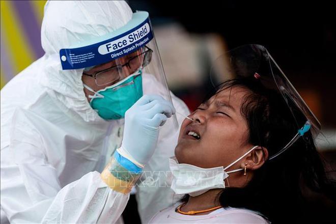 Diễn biến COVID-19 tới 6h sáng 21/12:Thế giới vượt 77 triệu ca bệnh; EU họp khẩn về biến thể của virus - Ảnh 6.