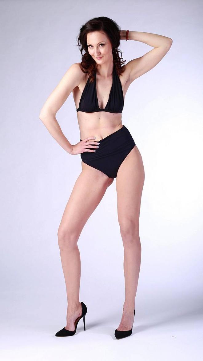 Chân dung nữ người mẫu cao nhất thế giới, nổi danh với loạt clip hài trên TikTok - Ảnh 1.
