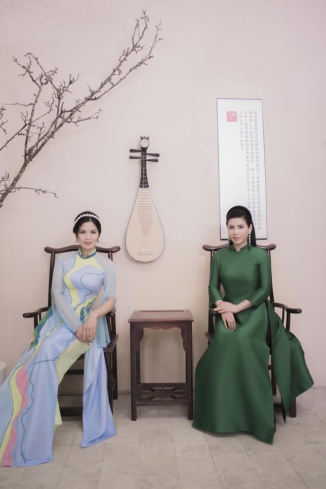 Thúy Hà, Quỳnh Hoa bất ngờ làm mẫu ảnh áo dài - Ảnh 3.