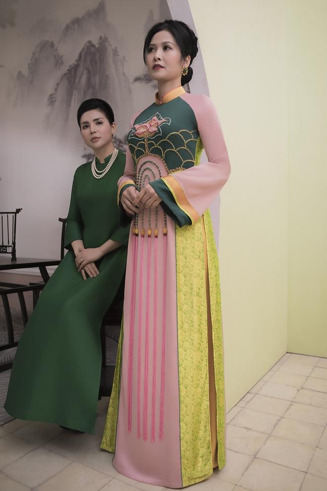 Thúy Hà, Quỳnh Hoa bất ngờ làm mẫu ảnh áo dài - Ảnh 4.