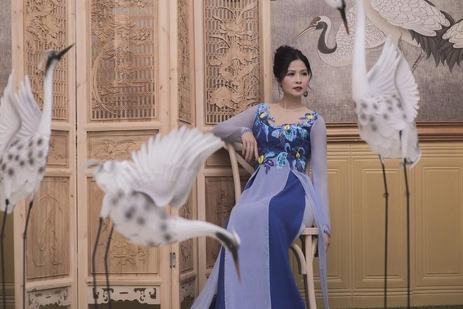 Thúy Hà, Quỳnh Hoa bất ngờ làm mẫu ảnh áo dài - Ảnh 7.