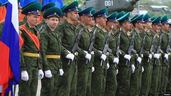 Nhận lệnh của TT Putin, đặc nhiệm FSB cơ động bất ngờ ở Armenia: Đừng dại chọc gấu Nga! - Ảnh 2.