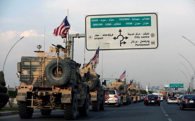 """Hé lộ đường ống bí mật từ Syria: Damascus bất lực nhìn """"vàng đen"""" chảy máu hàng ngày cùng đoàn xe quân sự Mỹ"""
