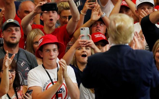 """""""Lễ nhậm chức nhiệm kỳ 2"""" cho ông Trump: Hàng chục nghìn người tự tổ chức và tham gia"""
