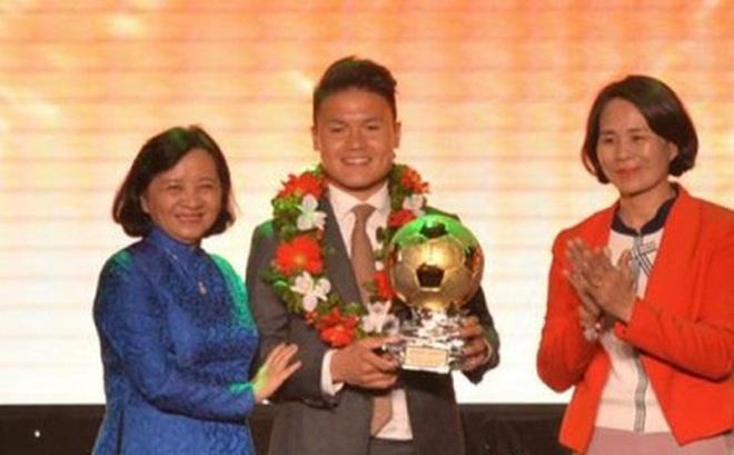 Ngày này năm xưa: Quang Hải lần đầu giành Quả bóng Vàng Việt Nam