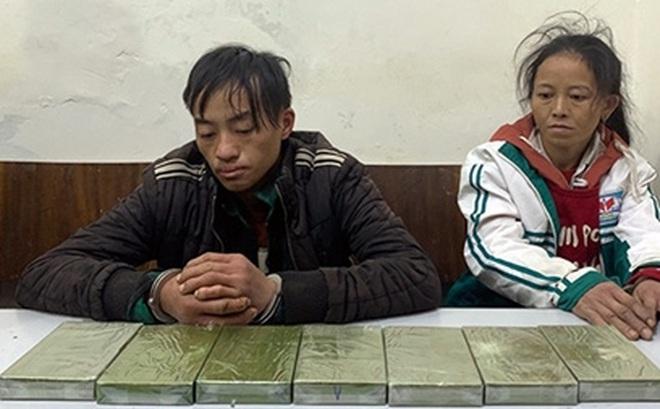 Chồng đang cai nghiện, vợ vẫn đi xách thuê 7 bánh heroin