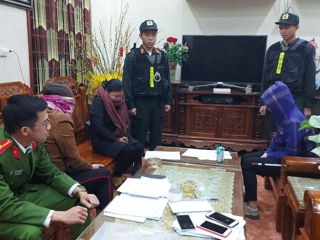 Cảnh sát đồng loạt ập vào bắt 21 chủ cơ sở lô đề, cá độ 2 tỉnh Nghệ An, Hà Tĩnh - Ảnh 4.