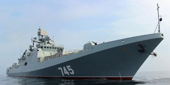 Quyết chiến ở Trung Đông: Lực lượng Mỹ vào vị trí, PK Iran sẵn sàng chiến đấu, chiến hạm Nga bất ngờ cơ động - Ảnh 1.