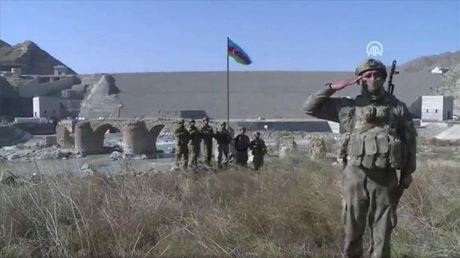 Quyết chiến ở Trung Đông: Lực lượng Mỹ vào vị trí, PK Iran sẵn sàng chiến đấu, Israel tập kích dọn đường - Ảnh 2.