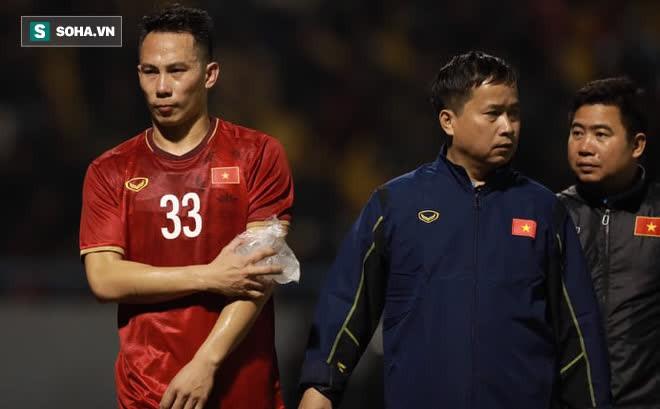 Hé lộ tình hình chấn thương của 2 tuyển thủ VN, thầy Park mất quân vì lý do đáng buồn