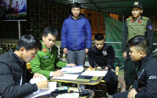 Cảnh sát đồng loạt ập vào bắt 21 chủ cơ sở lô đề, cá độ 2 tỉnh Nghệ An, Hà Tĩnh