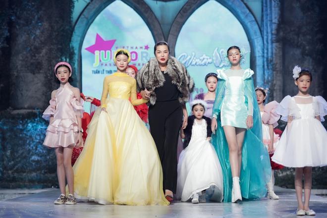 Cindy Thái Tài lấn sang lĩnh vực thời trang - Ảnh 1.