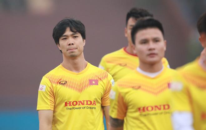 Tướng Park than V.League lắm tiền đạo ngoại nhưng HLV Việt lại nói lời bất ngờ - Ảnh 1.
