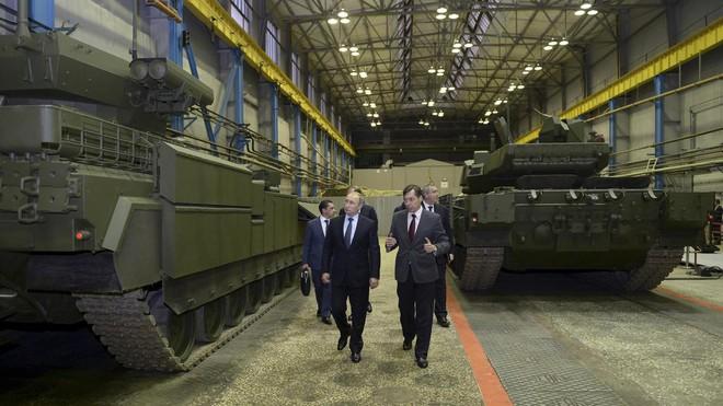 Chuyên gia Mỹ: Nga chỉ giỏi đánh ở Syria chứ không thể thắng NATO - Ảnh 2.