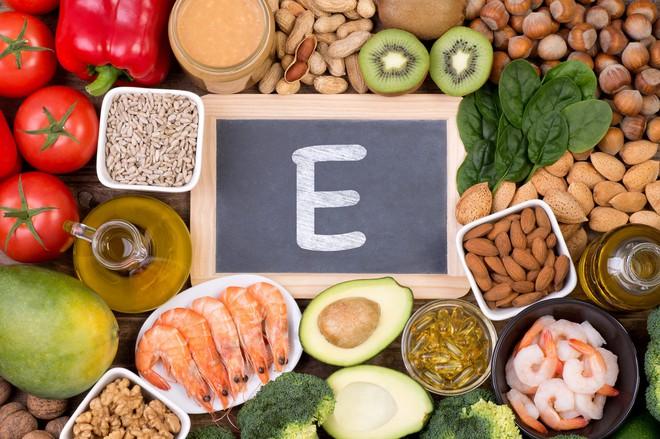 5 loại vitamin cốt lõi mà cơ thể cần phải có đủ: Chúng có chức năng gì, nguồn ở đâu? - Ảnh 3.