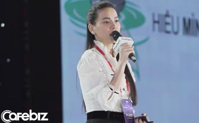 """Hồ Ngọc Hà lần đầu làm diễn giả tại sự kiện kinh doanh: """"Tôi không hề muốn bất kỳ sản phẩm nào của mình dính đến những drama hay scandal"""""""