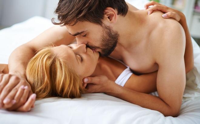 """5 """"bí kíp"""" làm tăng cực khoái từ chuyên gia tình dục"""