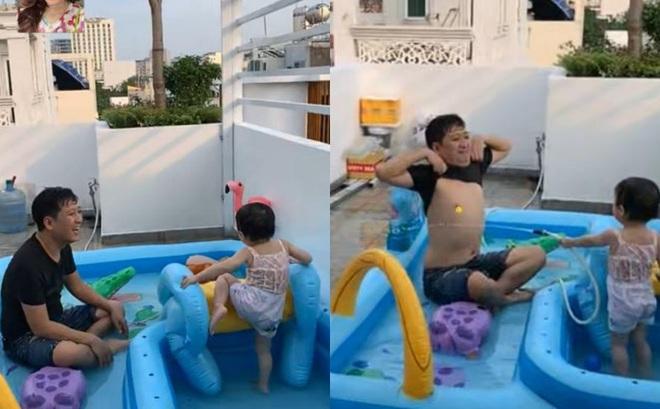 Hình ảnh nô đùa của Trường Giang bên cạnh con gái: Mọi ông bố đều thấy mình trong đó!
