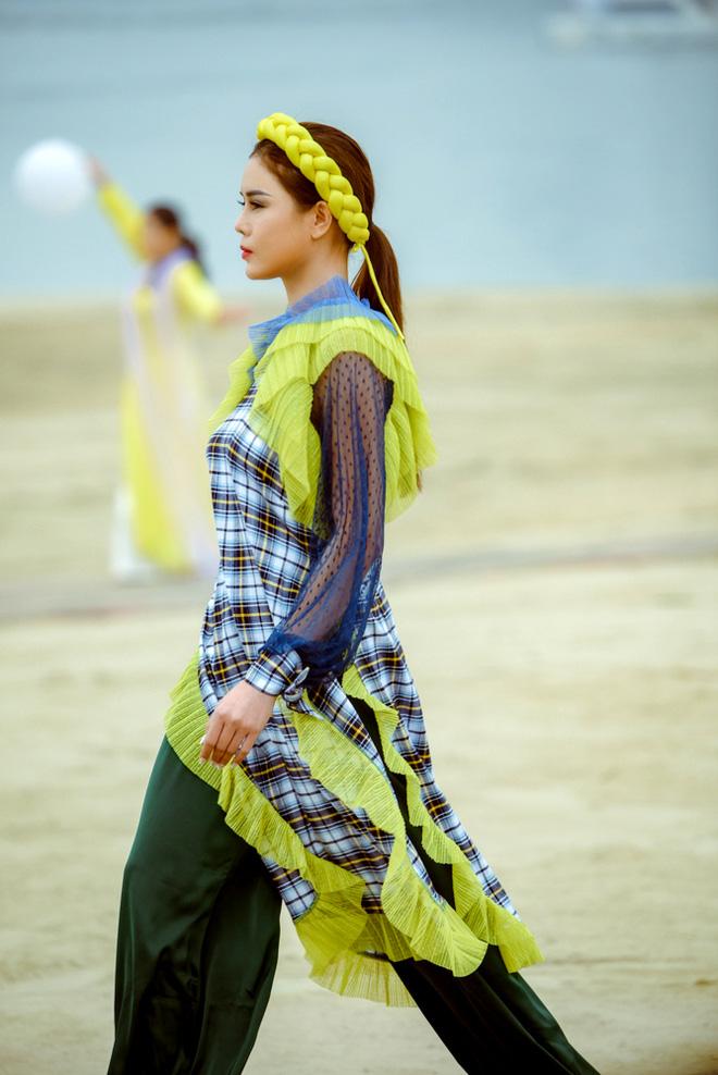 Hoa hậu Thùy Dung làm nàng thơ cho NTK Cao Minh Tiến - Ảnh 7.