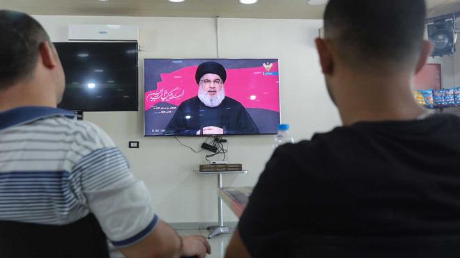 Mỹ bất ngờ có thêm lý do để tập kích phủ đầu Iran: 3 vạn tên lửa chính xác chĩa vào Israel! - Ảnh 1.