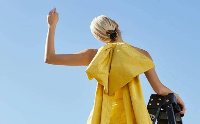 Tông màu dự đoán đón đầu xu hướng 2021: Chớ nên bỏ lỡ nếu bạn định mua quần áo cho năm mới
