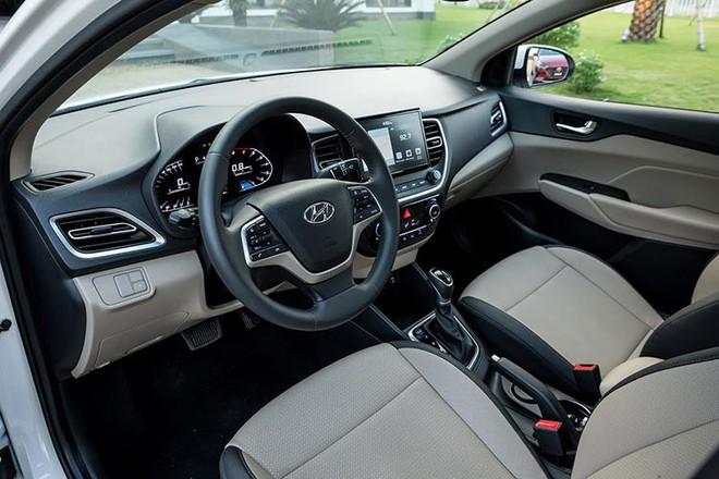 Khô máu với Toyota Vios, Hyundai Accent 2021 bán rẻ hơn 40 triệu đồng có gì? - Ảnh 9.