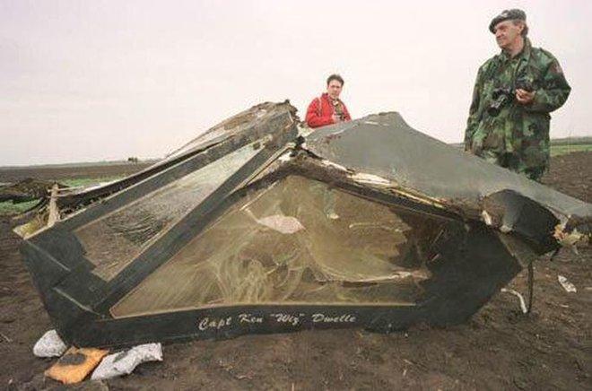2 máy bay tàng hình khủng Mỹ bị hạ - Serbia: Xin lỗi, chúng tôi không biết nó tàng hình! - Ảnh 3.