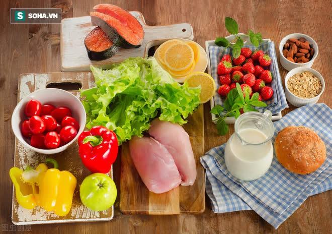 Chúng ta cần ăn uống gì trong 1 ngày: BS dinh dưỡng chỉ ra suất ăn chuẩn khoa học - Ảnh 1.
