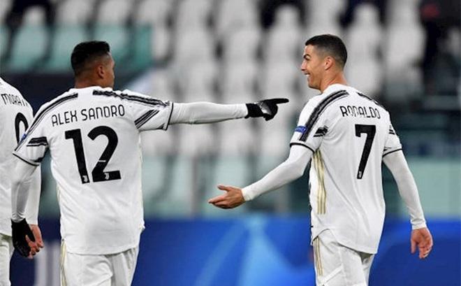 Ghi bàn vào lưới Dinamo Kiev, Ronaldo chạm tới cột mốc siêu đẳng