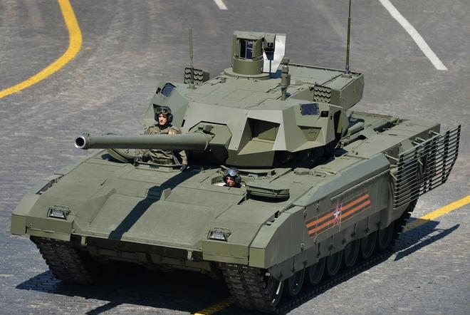 Cần gấp xe tăng bảo vệ Moscow, Quân đội Nga làm điều chưa từng có: T-14 Armata đã sẵn sàng - Ảnh 1.
