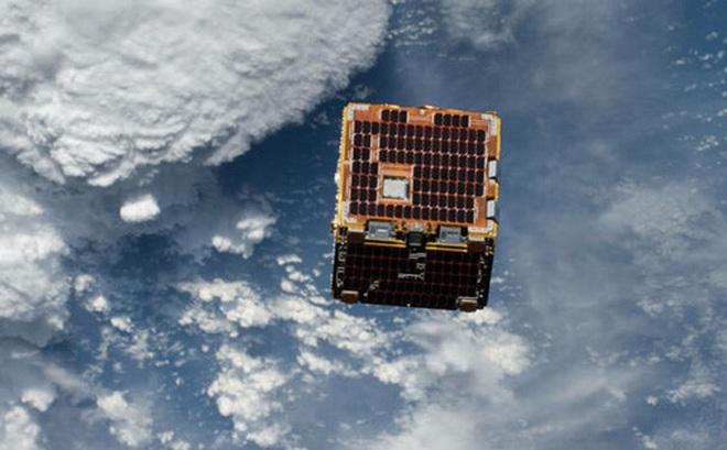 Lần đầu tiên trong lịch sử, Nhật Bản chế tạo vệ tinh làm bằng gỗ để Trái Đất bớt rác