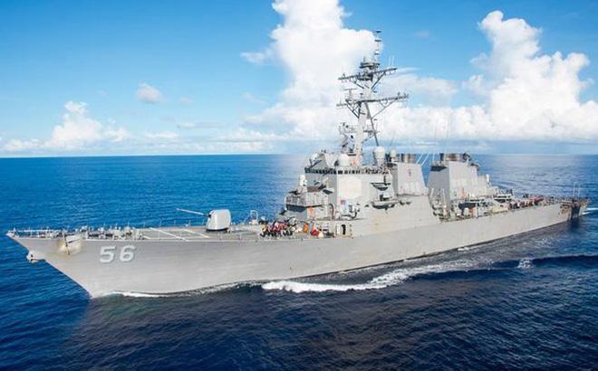 Hai tàu chiến Mỹ đi qua eo biển Đài Loan ngày cuối cùng trong năm