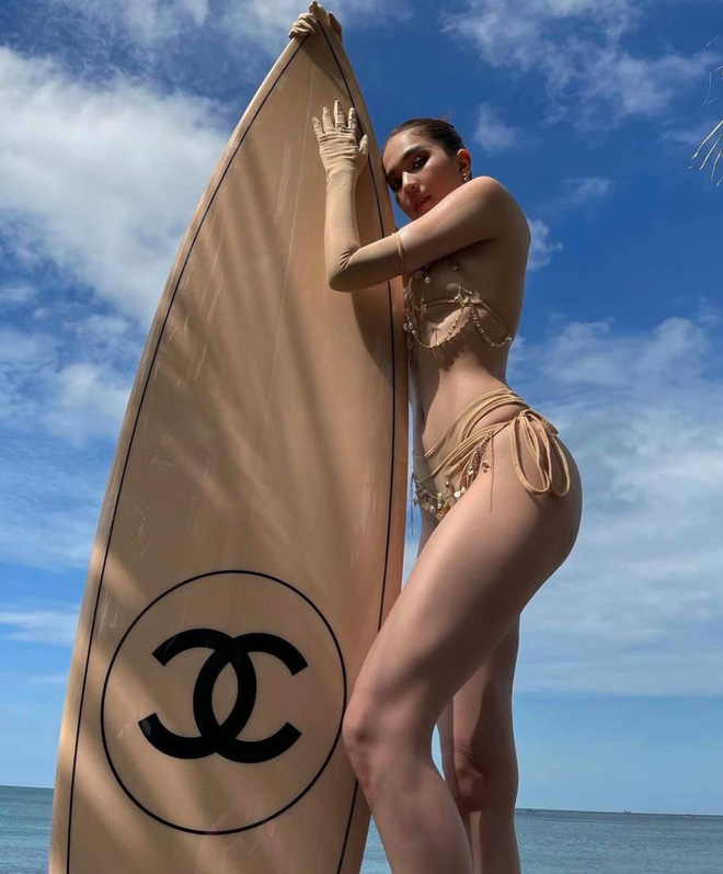 Ngọc Trinh diện bikini nóng bỏng, dân mạng lập tức so sánh với Chi Pu - Ảnh 10.