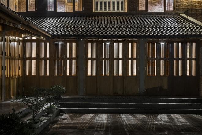 Ngôi nhà bằng gỗ xoan bề thế giữa vùng rừng cọ đồi chè nổi bật trên báo Mỹ - Ảnh 7.