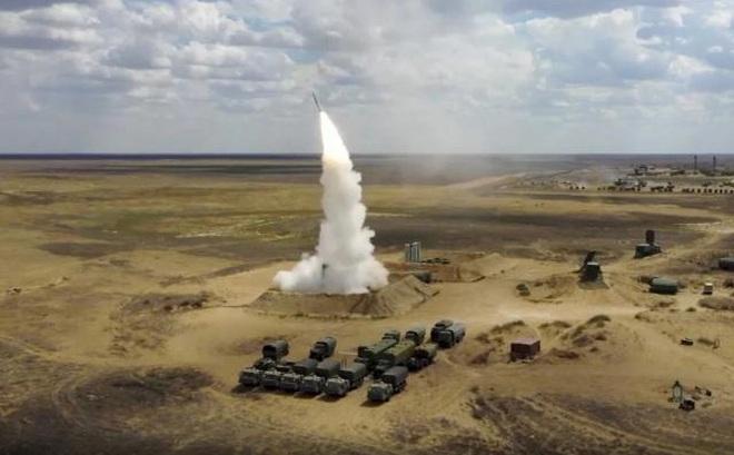 """Nga bất ngờ điều hàng loạt tên lửa áp sát Nhật Bản, Tokyo """"nổi giận"""""""