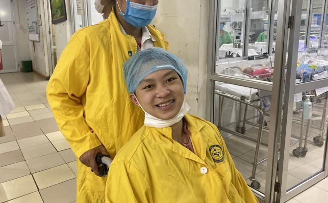 Kỳ tích tại BV Việt Đức: Sản phụ mang thai gặp tai nạn gần như chết não được cứu sống cả mẹ lẫn con