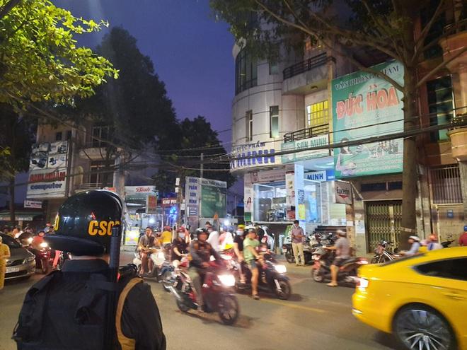 Thông tin mới nhất vụ khám xét khẩn cấp hàng loạt nhà thuốc ở Đồng Nai - Ảnh 1.