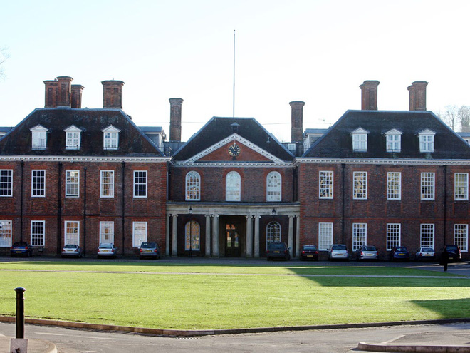 Cao đẳng Marlborough nơi Công nương Kate cùng 2 cô Công chúa Beatrice và Eugenie theo học. Ảnh: PA