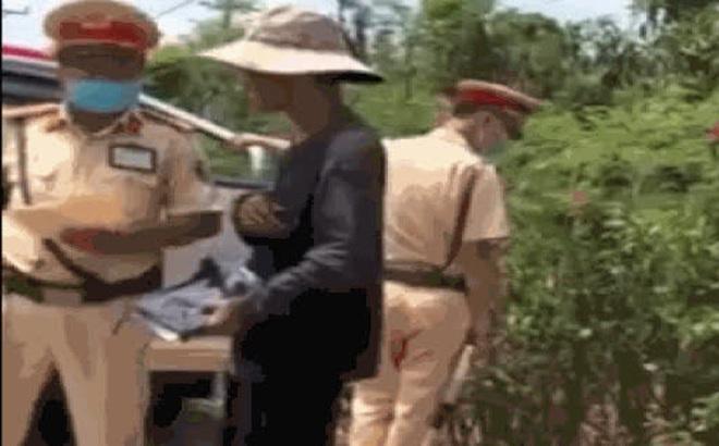 Công an Đồng Nai xác minh các clip sếp can thiệp gỡ xe vi phạm