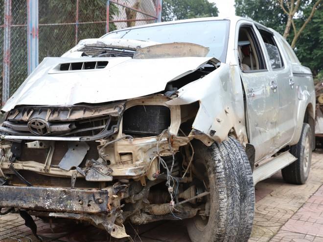 Lái xe bán tải đâm chết người rồi bỏ trốn thì tiếp tục gây tai nạn liên hoàn - Ảnh 3.