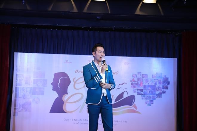 Nguyễn Phi Hùng, Võ Hạ Trâm hát gây quỹ cho miền Trung - Ảnh 6.