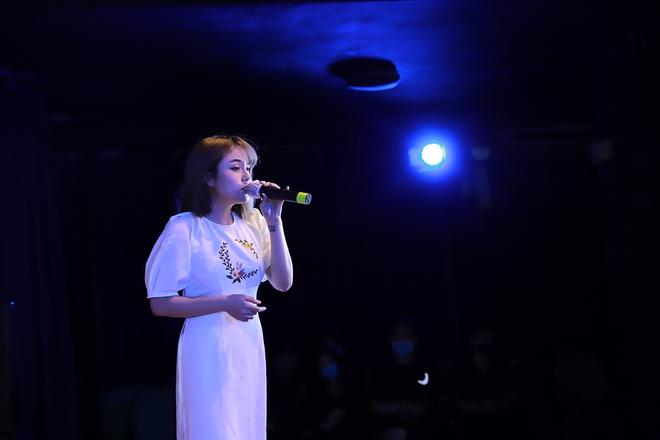 Nguyễn Phi Hùng, Võ Hạ Trâm hát gây quỹ cho miền Trung - Ảnh 4.